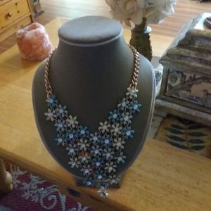 Absolutely gorgeous necklace